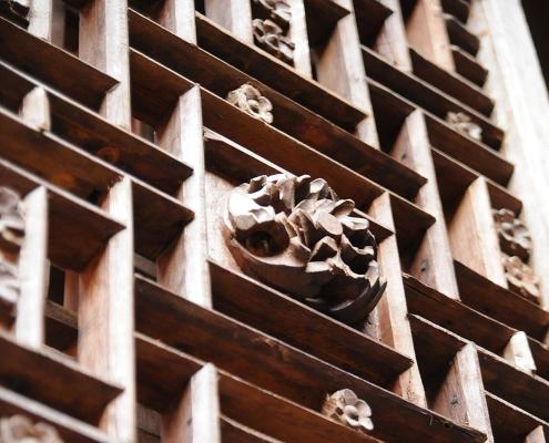Sculptures en bois à Ha GIang