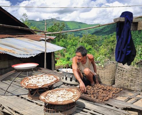 Travaux quotidien à Muang Sing