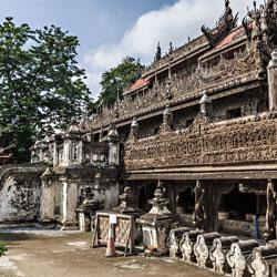 Monastère Shwenandaw à Mandalay