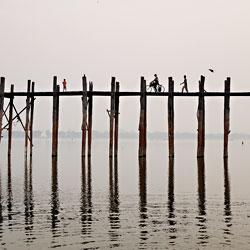 Le pont de teck U Bein à Mandalay