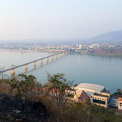 panorama sur la ville de Pakse au sud Laos