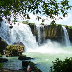 Cascade Dray Nur à Buon Ma Thuot