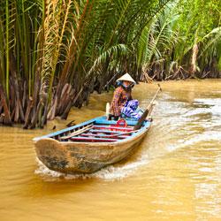 Le sampan sur le Mekong