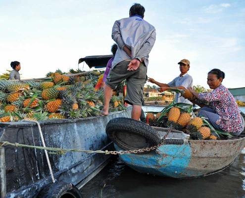 Le marché flottant à Can tho
