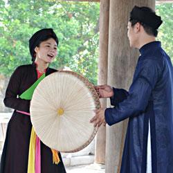 Chant traditionnel Quan Ho dans la province de Bac Giang au nord de Hanoi au Vietnam