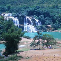 Chute d'eau de Ban Gioc dans la province de Cao Bang au Vietnam