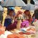 Étales d'épices sur un marché ethnique hebdomadaire dans la région de Bac Ha au nord Vietnam