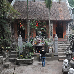 Pagode Chua Tay près de Hanoi