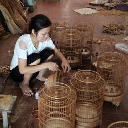 Villages de métiers près de Hanoi, fabrication de cages à oiseaux