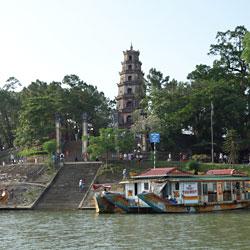 Pagode Thien Mu, de la dame céleste, à Hué