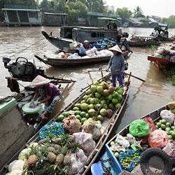 Marché flottant de Cai Rang à Can Tho au sud Vietnam