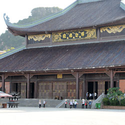 Temple de Bai Dinh près de Ninh Binh