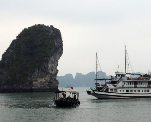 Croisière dans la baie d'Halong pendant le voyage de 15 jours au Vietnam