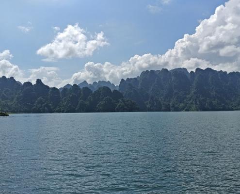 Le lac de la rivière Gam au nord de la province de Tuyen Quang