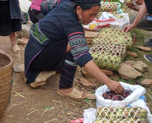 Marché ethnique dans le nord au Vietnam