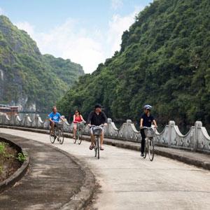 Balade à vélo sur l'île de Cat Ba avec Orchid Cruise