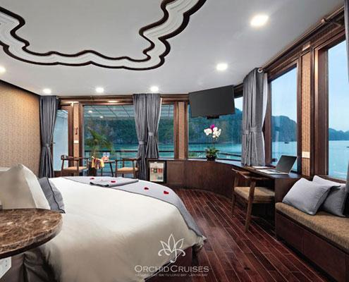 Suite sur Orchid Cruise lors d'une croisière en baie de Lan Ha