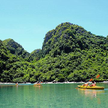 Balade en kayak dans la baie de Lan Ha