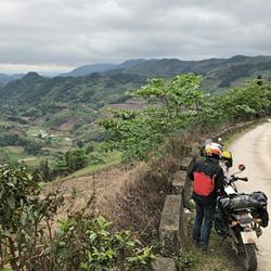 voyage à moto au Vietnam en Royal Enfield Himalayan avec Carnets d'Asie