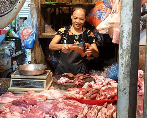 Un marché de Hanoi
