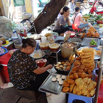 Food tour et culture des marchés à Hanoi