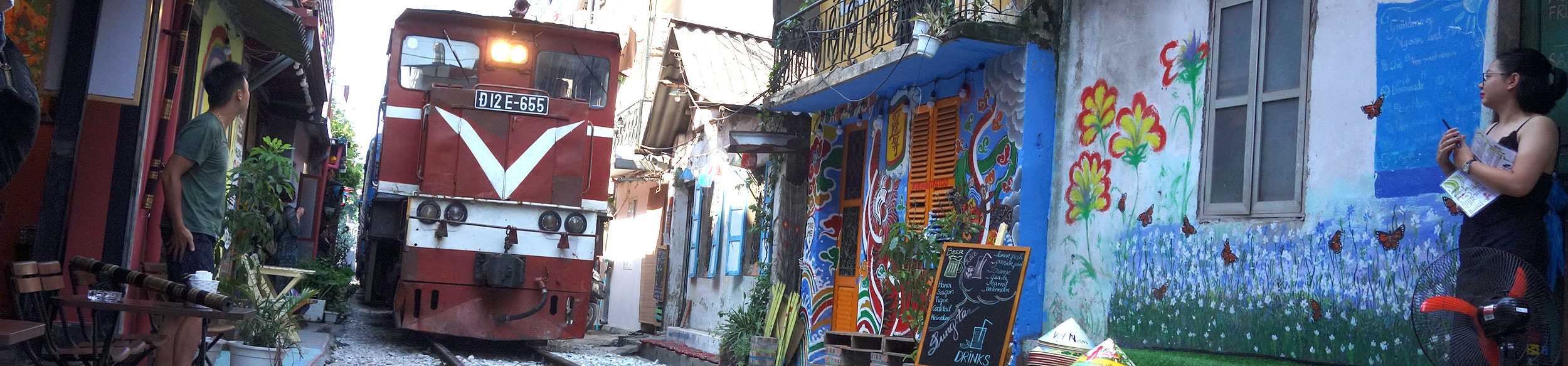 La rue du train de Hanoi