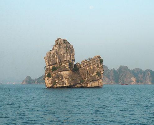 La baie de Bai Tu Long avec Carnets d'Asie